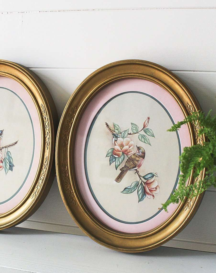 Decorating with Antiques: Gold Wash Frames
