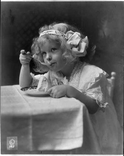Antique photo of a little girl